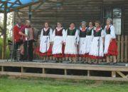 2008-08-10.artystyczne.lato.w.skansenie.sieradz.11