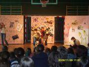 2009-12-11.spektakl.wieprzyca.w.gimnazjum.w.osjakowie.07